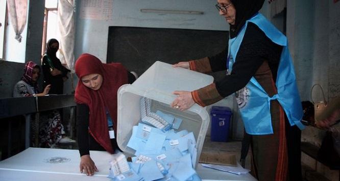 رئیس و معاون دارالانشای انتخابات به دادستانی معرفی شدند