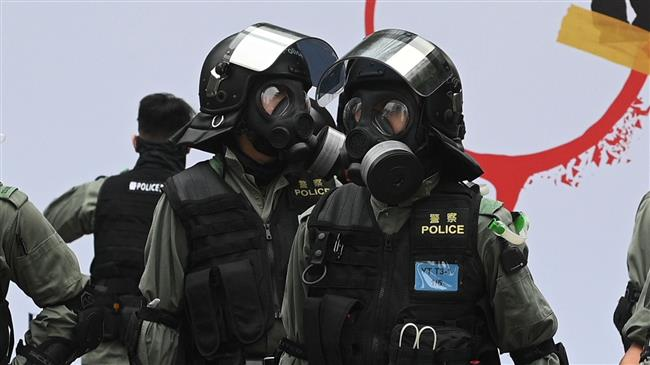 Hong Kong protesters attack, injure policemen in head