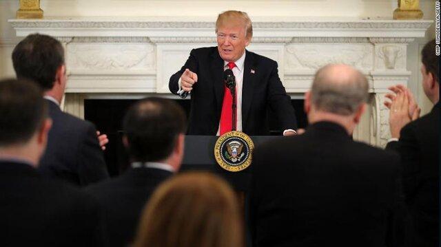 ترامپ: دموکراتها حقهباز هستند!