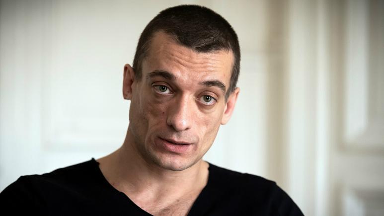 جنجال ویدئوی سکسی نامزد حزب ماکرون؛ هنرمند روس و دوست دخترش بازداشت شدند