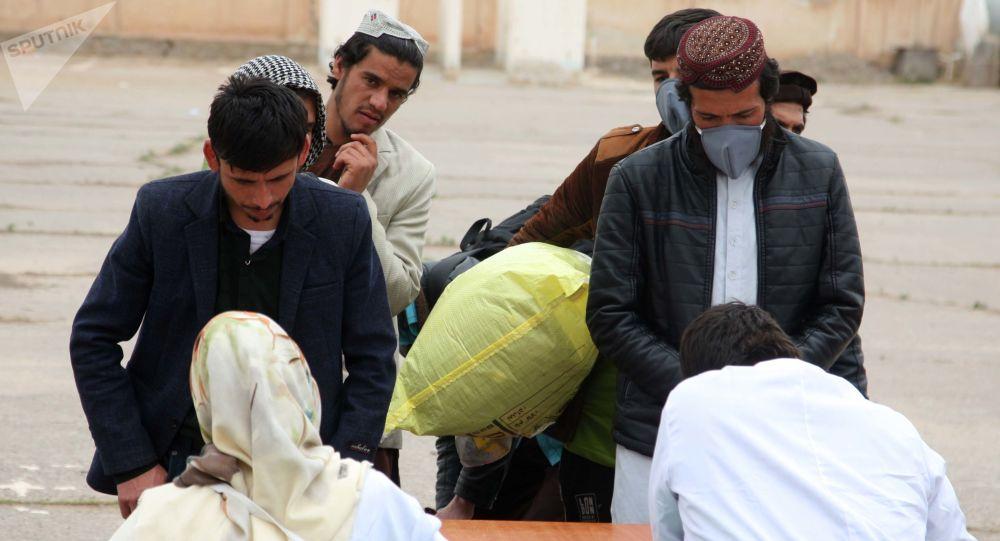 ثبت یک واقعه جدید کرونا/ شمار موارد مثبت کرونا در افغانستان به 22 رسید