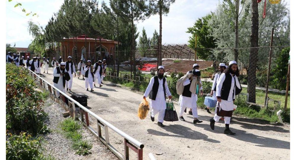 حکومت افغانستان: گروه 900 نفری زندانیان طالب امروز آزاد میشود