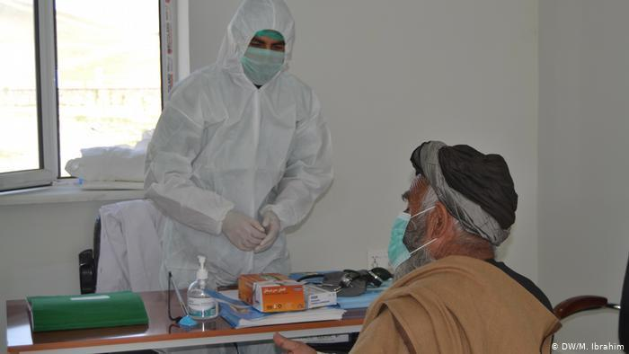 افزایش مبتلایان به کرونا در افغانستان؛ شناسایی ۲۲۸ مریض جدید و فوت ۱۵ نفر در شبانهروز گذشته