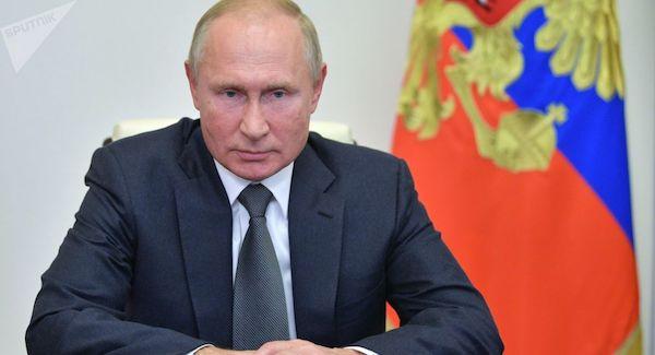 پوتین تحریم های تلافی جویانه علیه غرب را تمدید کرد