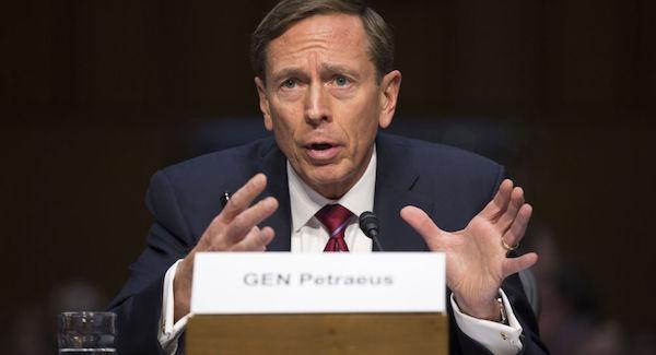 دیوید پترائوس: امریکا از تصمیم خروج از افغانستان پشیمان خواهد شد