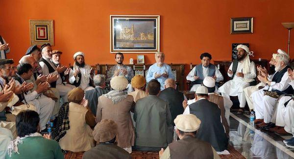 کرزی و عبدالله به دیدار بزرگان پنجشیر رفتند