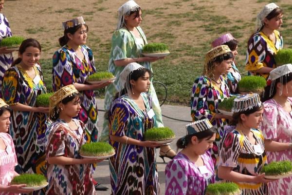 نوروز در سرودههای شاعران تاجیک