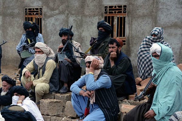 دیدار مقامات پاکستانی با رهبران طالبان پیش از مذاکرات صلح آپریل