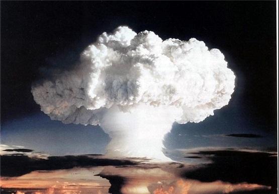 امریکا بمب هستهای آزمایش کرد