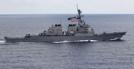 US Warship Provokes Chinese Navy in South China Sea