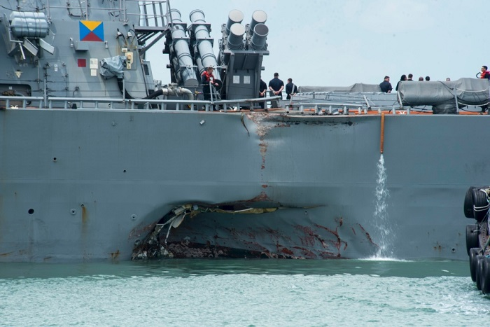 10 Sailors Still Missing after US Warship Collides in Singapore